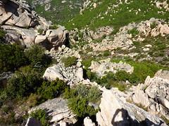 Castellu Muratu : les restes de l'enceinte de l'ouverture