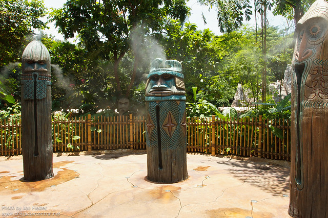 HKDL July 2011 - Exploring Adventureland