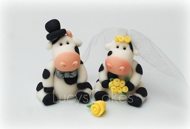 cow wedding cake toppers uk and groom friesian cow wedding cake topper flickr 13034