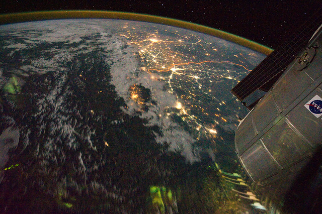 Night View of India-Pakistan Borderlands (NASA, International Space Station, 08/21/11)