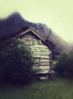 Bakketunet -|- Old log cabin