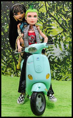Cleo and Deuce - Vespa Ride 2 by DollsinDystopia
