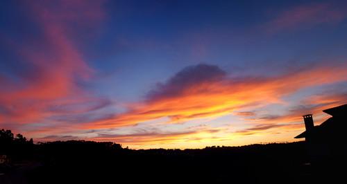 sunset pordosol sky clouds contraluz céu nuvens backlit pds fujifilms6500 ruinunes