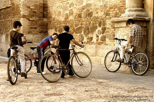 Las bicis by José-María Moreno García = FOTÓGRAFO HUMANISTA