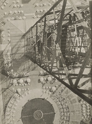 László Moholy-Nagy, Radio Tower Berlin, 1928, gelatin silver print, National Gallery of Art, Washington
