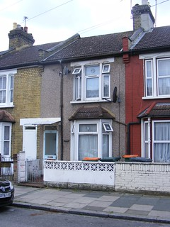 Accidental death or murder of a Bulgarian broadcaster,October1978? Vladimir Simeonov lived and died here, Plaistow, London E13