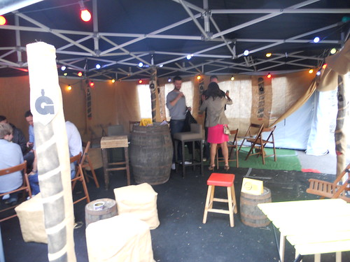Setting Up at the Gwdihw Bar