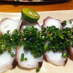 島ダコの刺身島ネギのせ #okinawa #dinner