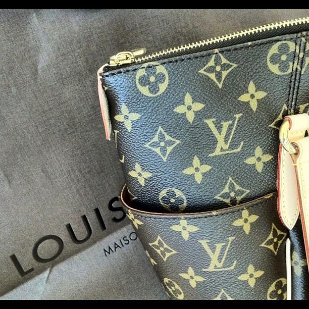 a30d54401b57 Best Louis Vuitton Handbags Wallet Outlet For Sale 68% Off Big ...