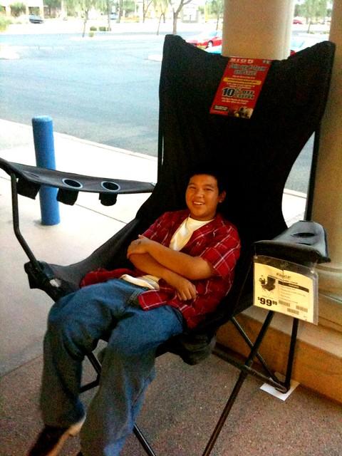 The Kingpin Giant Folding Chair