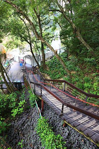 51Z2小烏來瀑布-天空步道-木棧道
