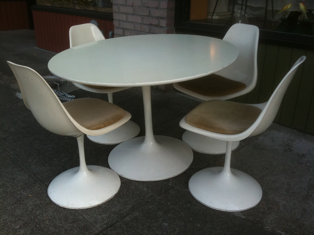 1960's Burke Tulip table and chairs
