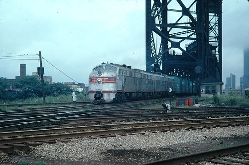 BN E-8's on transfer job Fort wayne Jct 21st Chicago IL 1975
