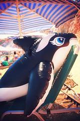 Σας παρακαλώ κυρία μου, πάρτε τη φάλαινα απ'την ξαπλώστρα by WhishingOnAsTar!