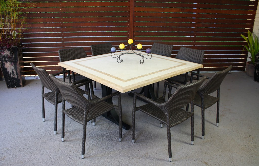 BROWN PEDESTAL TABLE PEDESTAL TABLE ANTIQUE FARM TABLE FOR SALE