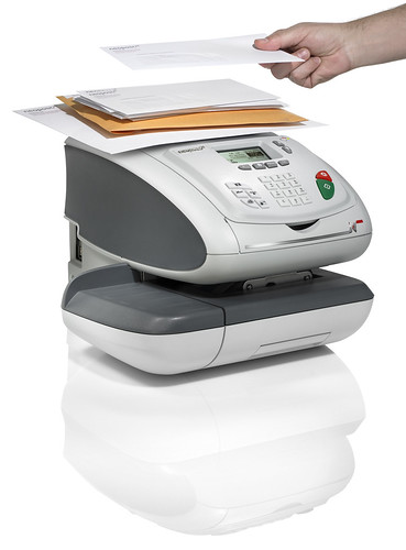 Franking machine IS-330 by Neopost