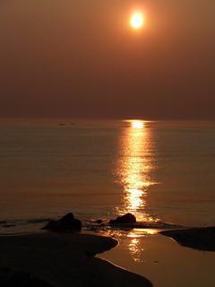 Bild av Jeongdongjin Beach (정동진해변) Jeongdongjin Beach. sunrise coast korea east