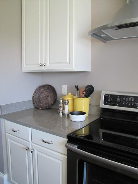 Zodiaq kitchen countertop   Flickr - Photo Sharing!