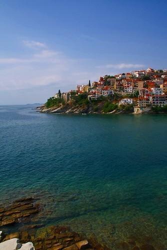 ocean blue houses sea sky canon meer day stones turquoise tag himmel cliffs steine blau kavala häuser türkis ozean eos1000d