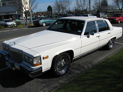 automobile, automotive exterior, cadillac, vehicle, cadillac fleetwood brougham, cadillac brougham, full-size car, sedan, land vehicle, luxury vehicle,