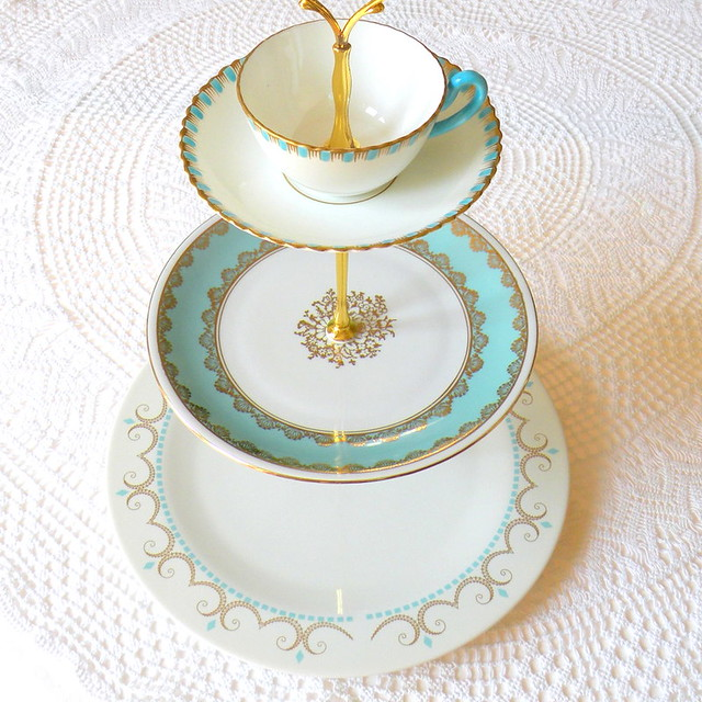 Tier White Porcelain Cake Stand