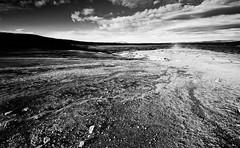 Geysir landscape (B&W)
