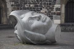 Fallen Head, Bonn