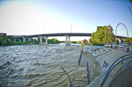 Hurricane Irene Run-off in Manchester,NH by Longfinger1