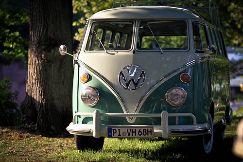 VW Samba Bus @ stadtpark revival Hamburg 2011
