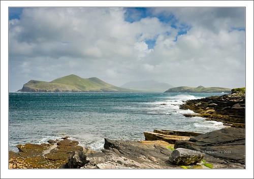 ireland seascape water zeiss landscape island rocks waves kerry crushing munster valentia variosonnar glanleam sonydsc sal2470z sonydslra900 2470mmf28zassm landscapelu 51°555156n10°203527w