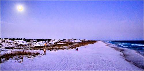 moon beach gulfofmexico sand florida moonrise panamacitybeach standrewsstatepark floridastateparks nikond3100 nikkor1855afsvrlens