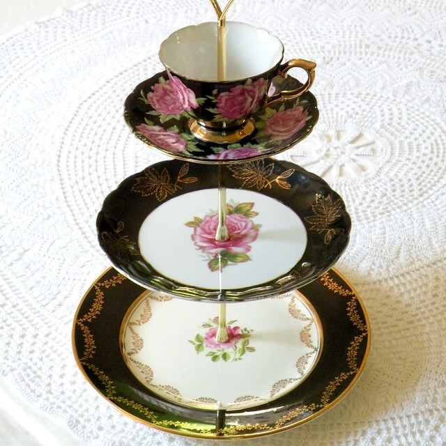 Porcelain Cake Stand With Stork