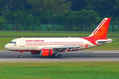 Air India Airbus A319-112; VT-SCG@SIN;07.08.2011/617dr