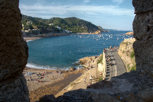 Costa Brava picture by Flickr user felipe_gabaldon