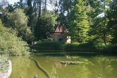 Pavillon/Pumpenhaus am See im Botanischen Garten