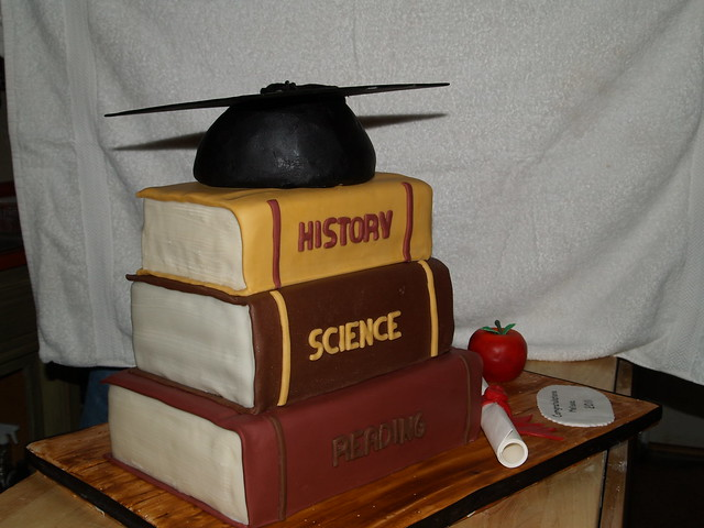 1000+ images about Cake Decorating Books on Pinterest Best cookbooks, U of m and Graduation