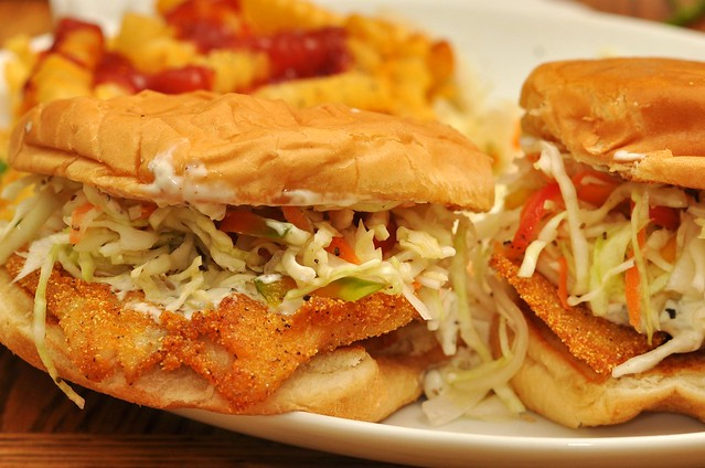Mmm... fish sammich with slaw and tartar sauce