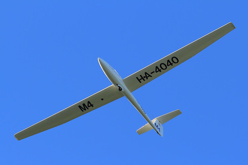 HA-4040 Glider