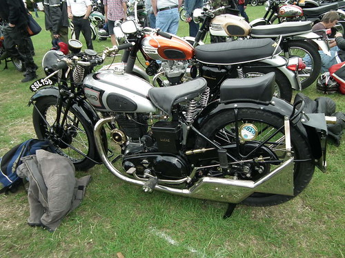 Norton with fishtail pipes