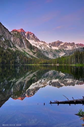 lake reflection sunrise landscape mirror washington nikon unitedstates stuart mount 24mm wenatchee alpenglow alpinelakeswilderness d700 markjosue