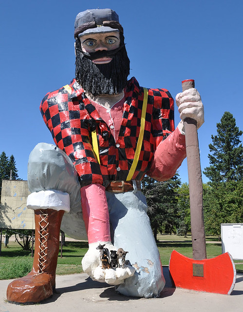 Kneeling Paul Bunyan