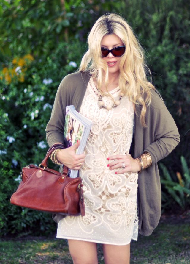 lace flower  dress  with cardigan and bangles+cat eye sunglasses+wavy hair