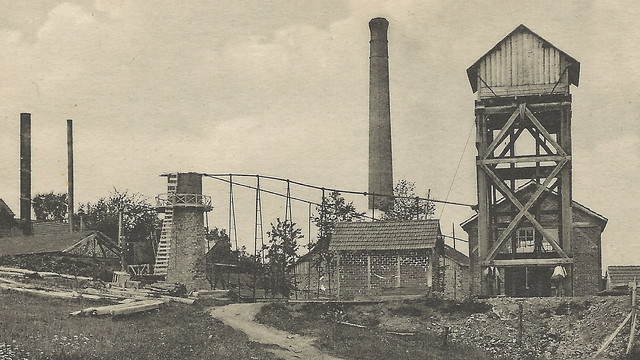 TIN Mining History FRANCE Miners at Tin Mill Shaft House Power House and Works Mine founded in 1700s Saint-Leonard Mine at Wolfram RARE Card 37 Unsent3