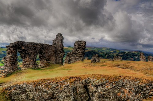 "sky building history weather wales architecture clouds europe day view cloudy britain hdr llangollen medaeval yahooweather platinumheartaward rainhdr ""flickraward"" mygearandme mygearandmepremium mygearandmebronze mygearandmesilver dinasbrâncastle"