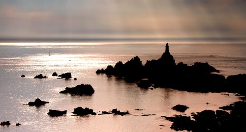 sun lighthouse english silhouette st la shafts channel corbiere jesey brelade yahoo:yourpictures=bestofbritish yahoo:yourpictures=landscape