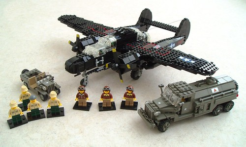 P-61 Black Widow with air- and ground crew