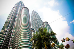 PETRONAS TWIN TOWER (KLCC)