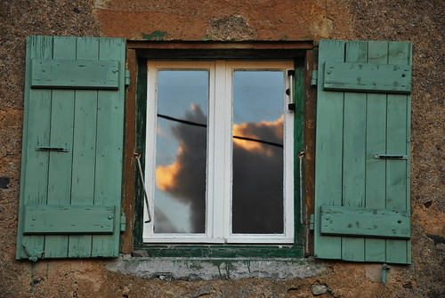 sunset summer sky cloud holiday france window glass dusk burgundy shutter beaujolais bourgogne 2012 summerholiday gite laplace mâcon saôneetloire tramayes clermain neilmp