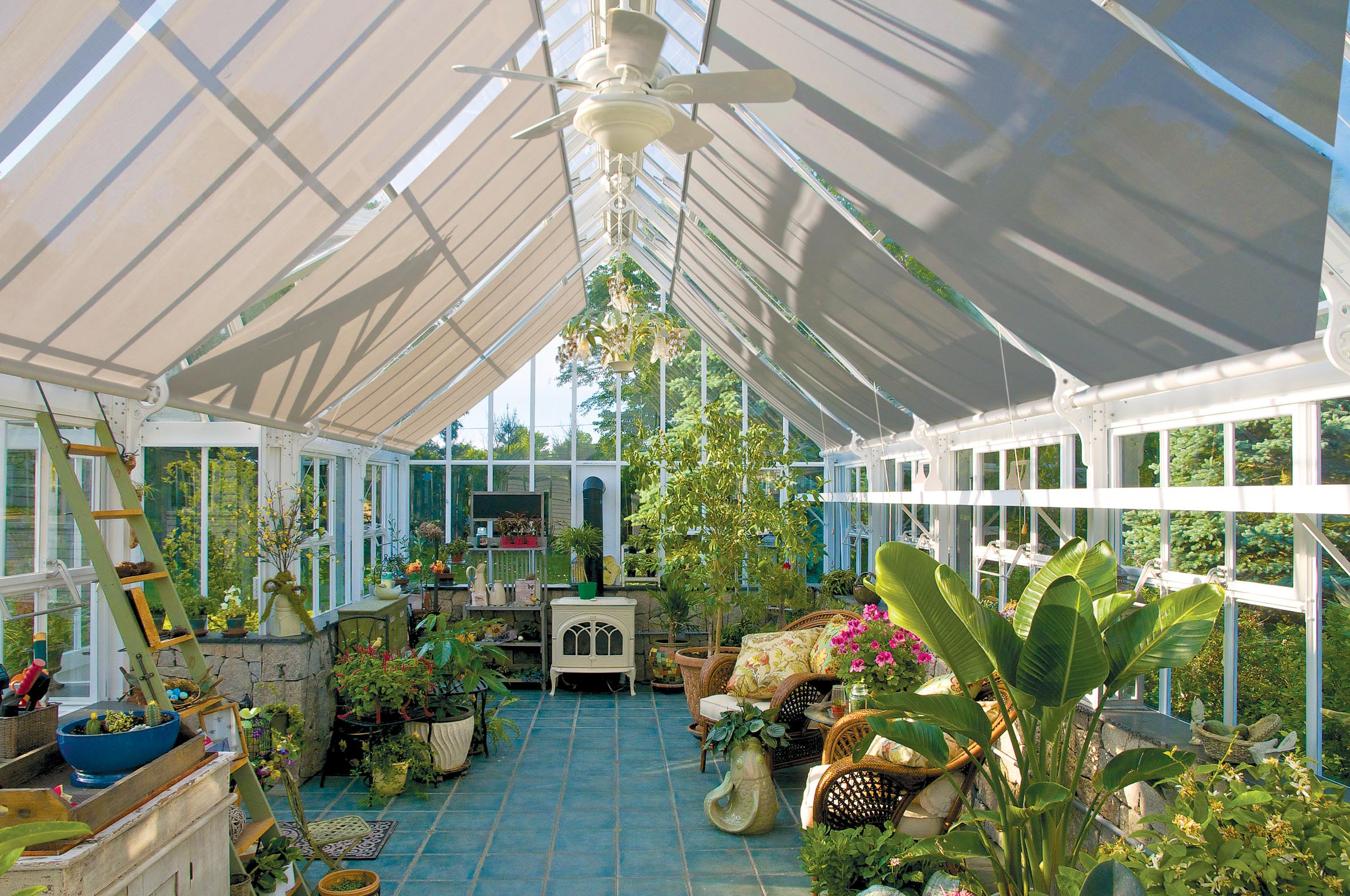 The greenhouse crozet - Full Roof Blinds To Shade Out The Midday Sun