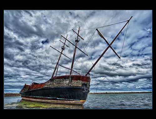 lake ontario canada station la harbor grande nikon ship harbour jordan shipwreck ii nik nikkor hermine colorefexpro d700 1424mmf28 hdrefex